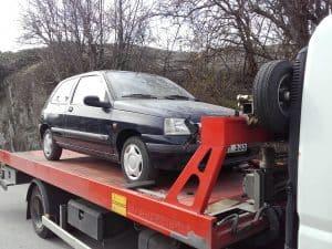 Auktoriserad bilskrot Partille, den som avser att ta hand om uttjänta bilar kan efter ansökan hos Länsstyrelsen få auktorisation. Innan tillstånd kan ges skall upplag för skrotbilar