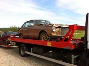 Köper defekta bilar Göteborg, Det finns många som är intresserade av att köpa bilar som är defekta. Om det är en mindre del som är trasig, skall man försöka att fixa det själv innan man säljer bilen.