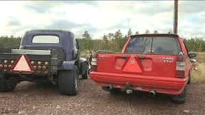 Fyrhjulingarna framfart. A-Epa traktorn är populära fordon på våra vägar.