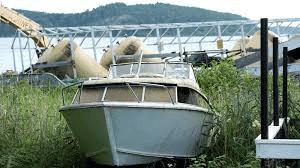På försök har Havs- och Vattenmyndigheten avsatt två miljoner kronor till hjälp för skrotningspremier av fritidsbåtar. Erbjudandet gäller till och med 31 dec. 2018.