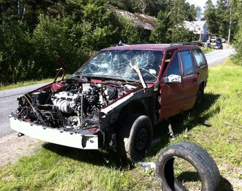 Lämna skrotbilen till en auktoriserad bilskrot i Tanumshede