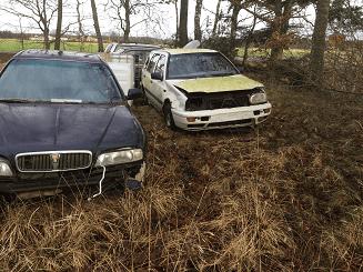 Övergivna bilar som borde skrotas
